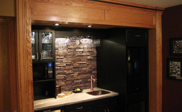 A backsplash can help