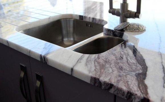 Calacatta Light Viola marble