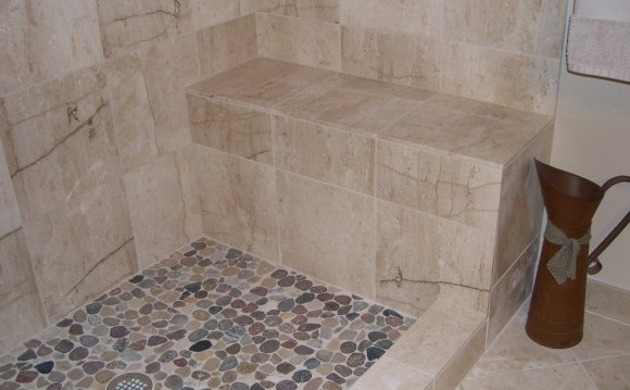 Pebble Stone Shower Floor