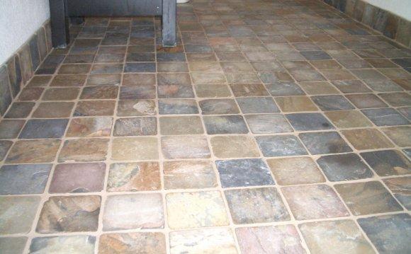 Image of: Slate Bathroom Floor