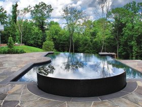 Drakeley Pools bluestone pool deck
