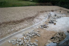 Lannonstone Retaining wall surface under construction image: Chris Miracle