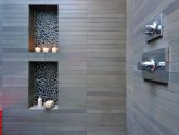 River stone Tile bathroom