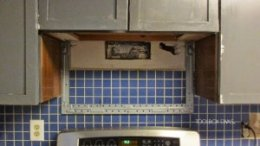 Tile reduction 101: Remove the Tile Backsplash Without harming the Drywall