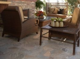 picture features Golden sunlight Quartzite Flagstone pattern regarding the patio flooring.